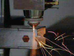 Máquina de corte do tubo do laser da fibra de ACCURL 1000w para os tubos e os perfis de corte do laser